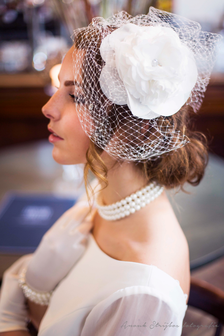 chique creatie van atelier bruidscouture cabral